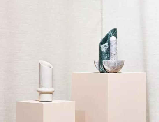 作品:Simultanea系列花瓶,设计:Valentina Cameranesi Sgroi