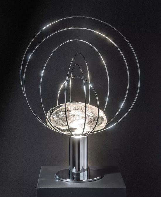 设计:Esperia Lighting