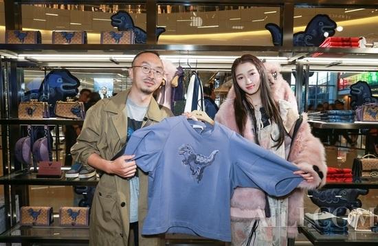 Coach 2019 中国大秀作品 概念店于上海环贸广场iapm举办发布会