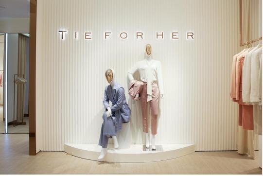Tie For Her揭幕上海陆家嘴中心L+MALL旗舰店